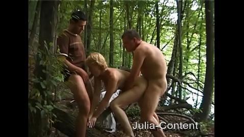 Выманили в лес и устроили порно