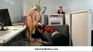 Девушки в офисе ласкают друг друга