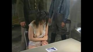 Изнасилование японских девушек солдатами