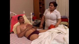 Ебля пациента с толстой медсестрой